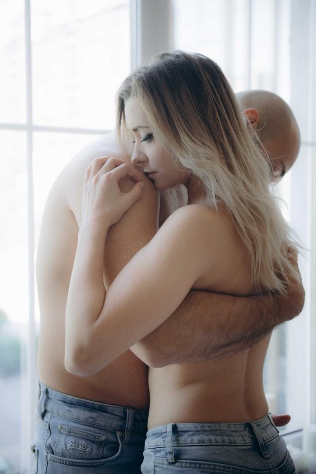 לחקור את הפנטזיות המיניות שלכם